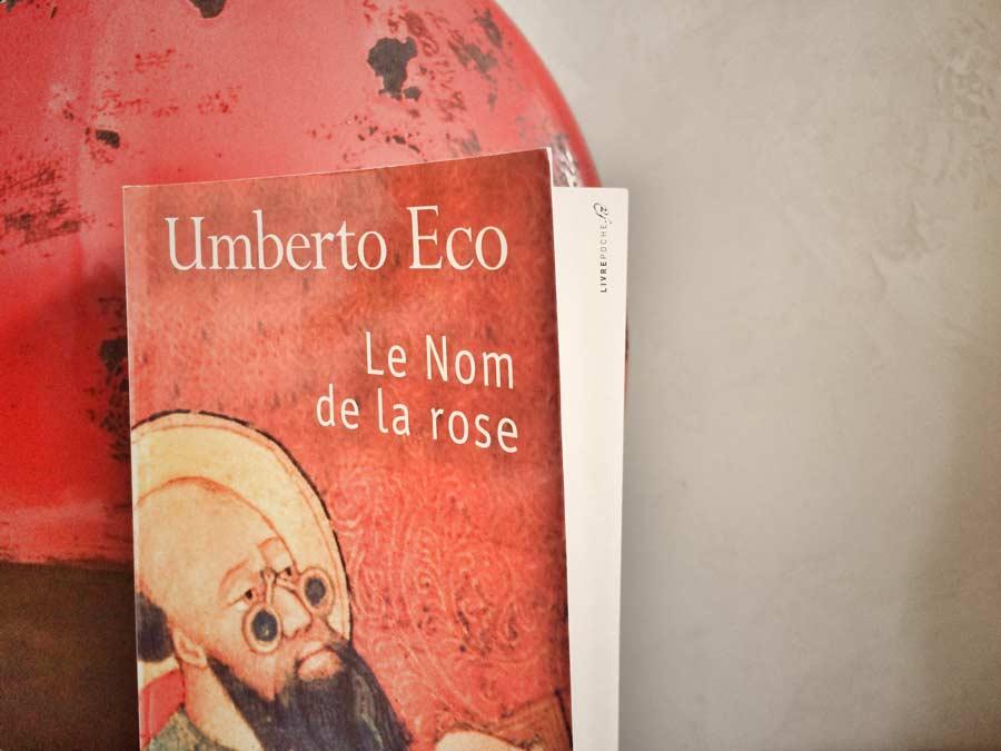 Le nom de la rose d'Umberto Eco par Livrepoche.fr
