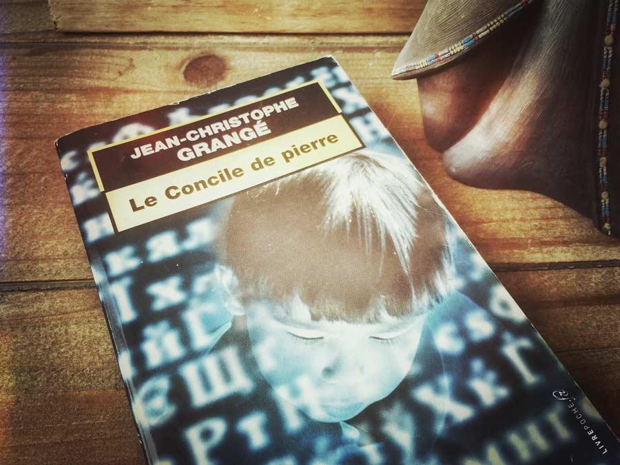 Un livre une poche un avis critique - Le concile de pierre grange ...